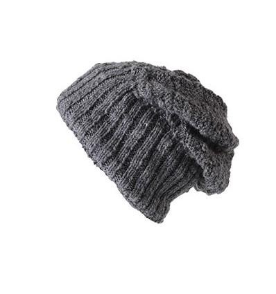 002 - Bonnet laine JP138